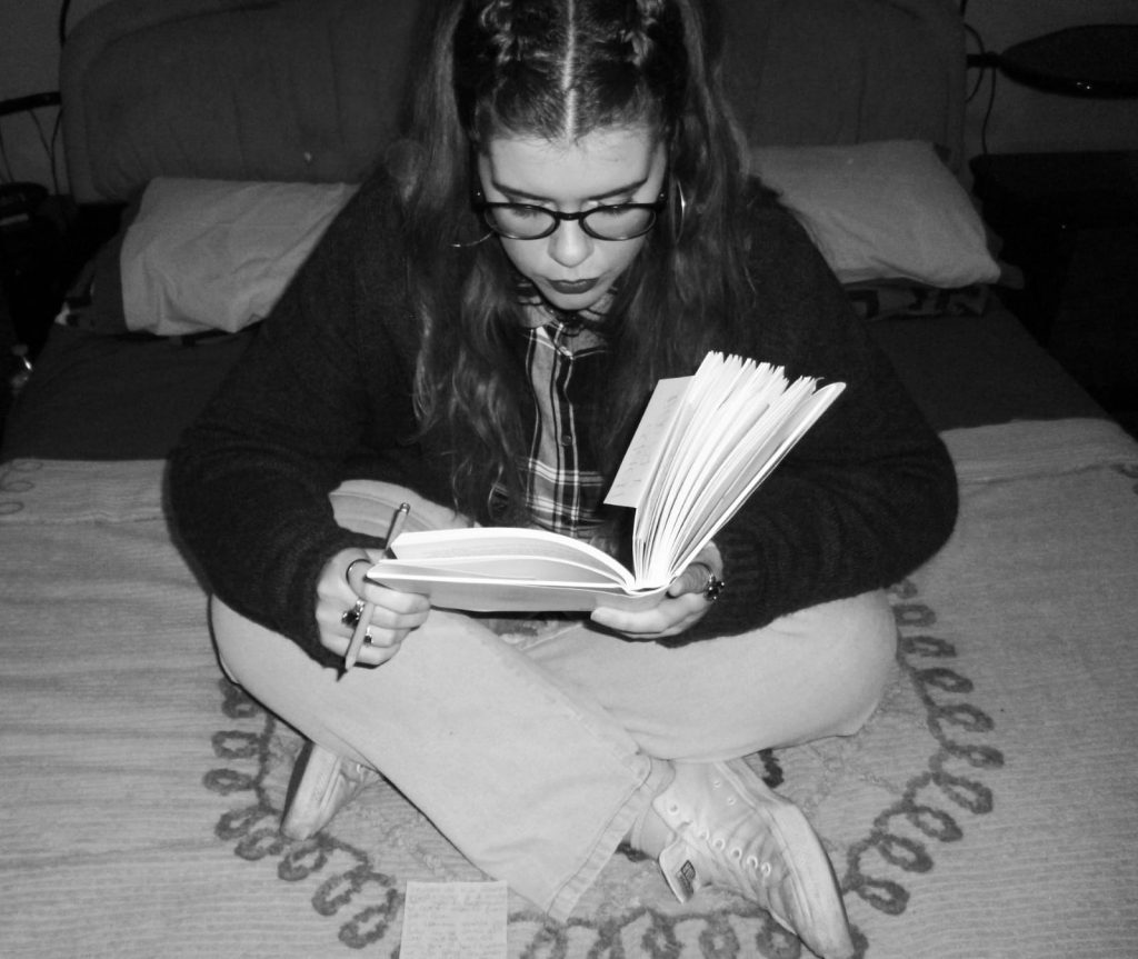 Giada che legge